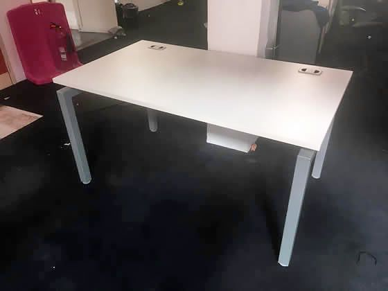 Used 1400mm White Office Single Desks with Silver Goalpost Frame