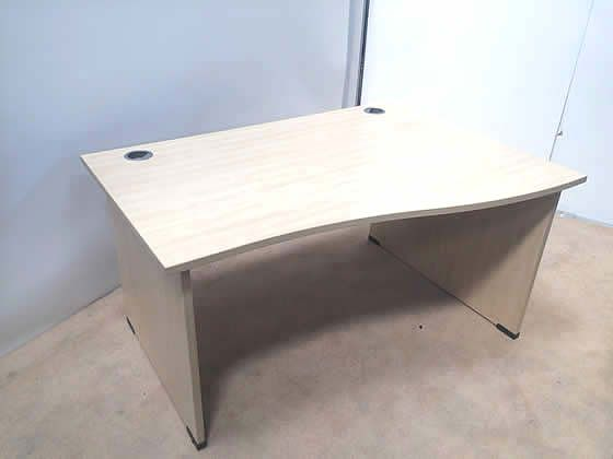 1400mm single wave panel ended maple desks with cable ports.