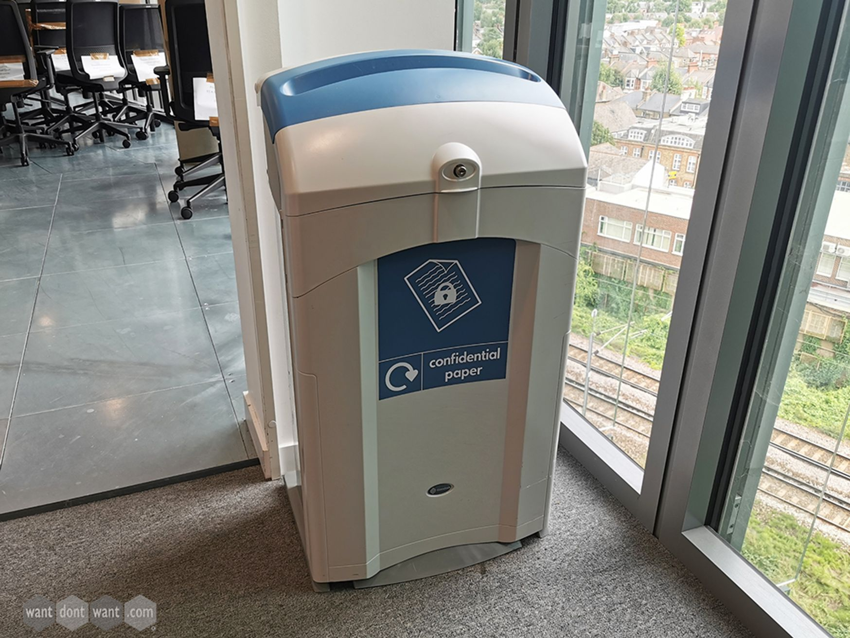 Used Nexus 100 Confidential Paper Lockable Recycling Bin