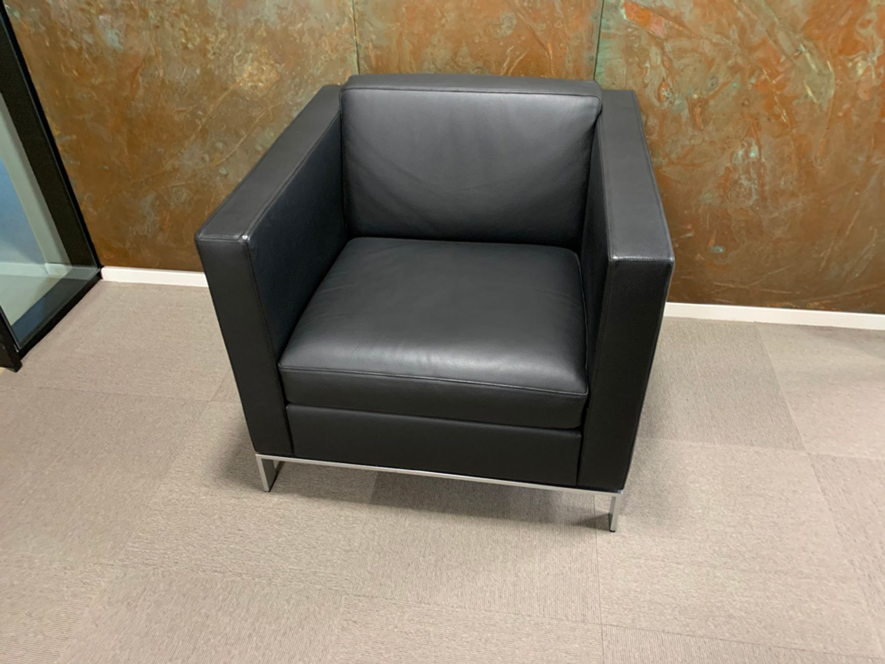 Walter Knoll Foster 500 Armchairs