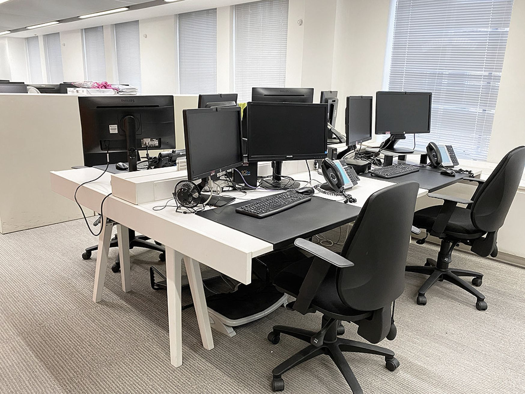 Used Vitra 'Joyn' desks configured as 56 x 4-person benches.