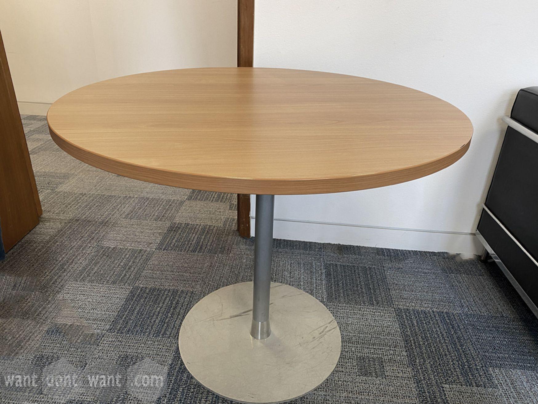 Used 900mm Circular Table