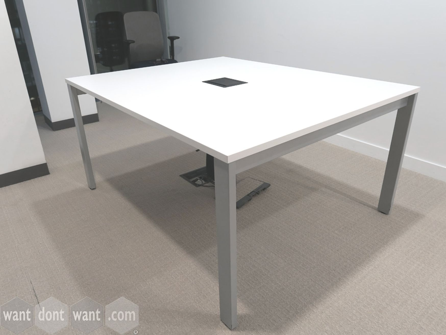 Used 1500mm White Meeting Table