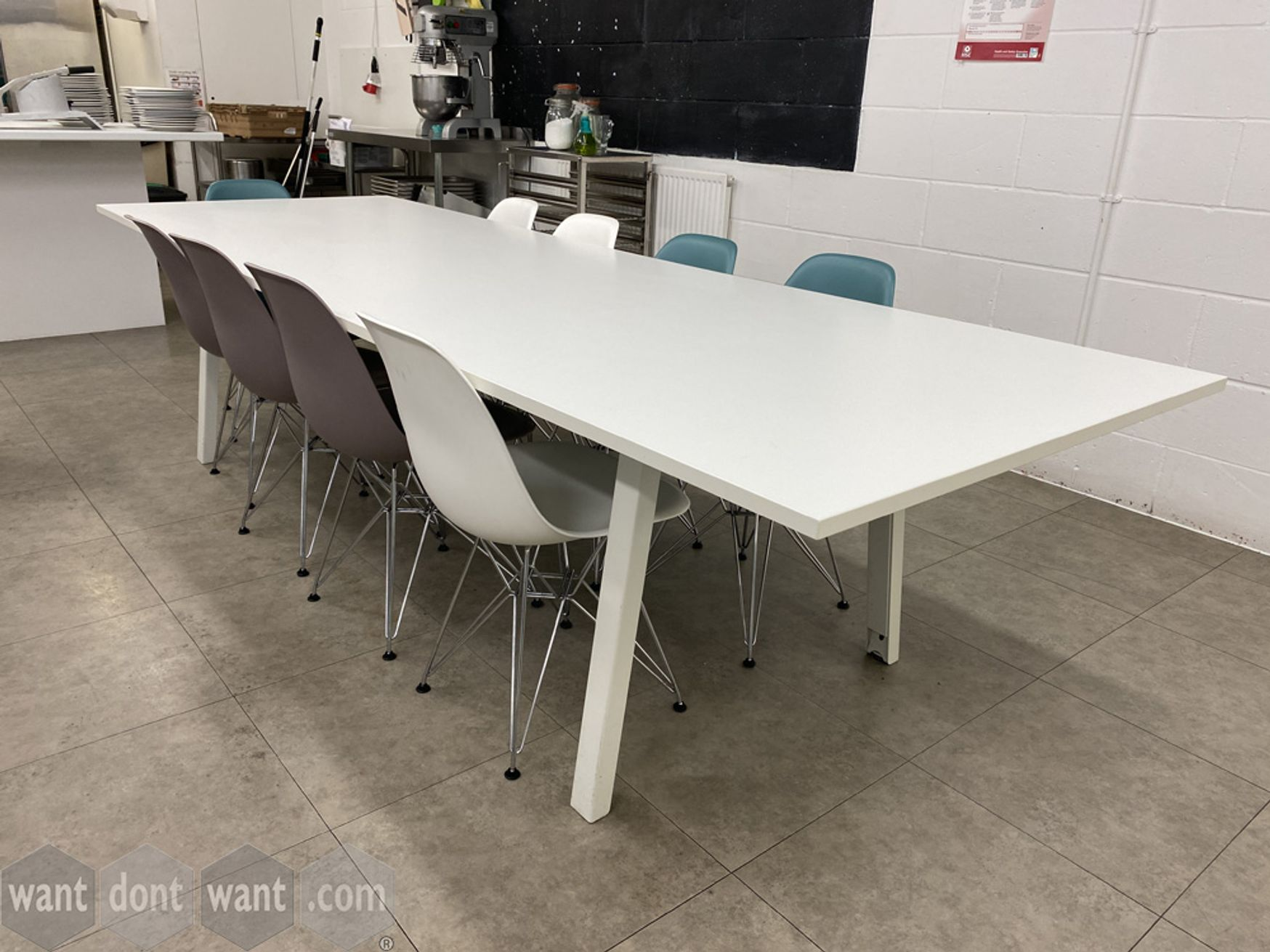 Used large (3000mm wide) white meeting/breakout tables with splayed legs.
