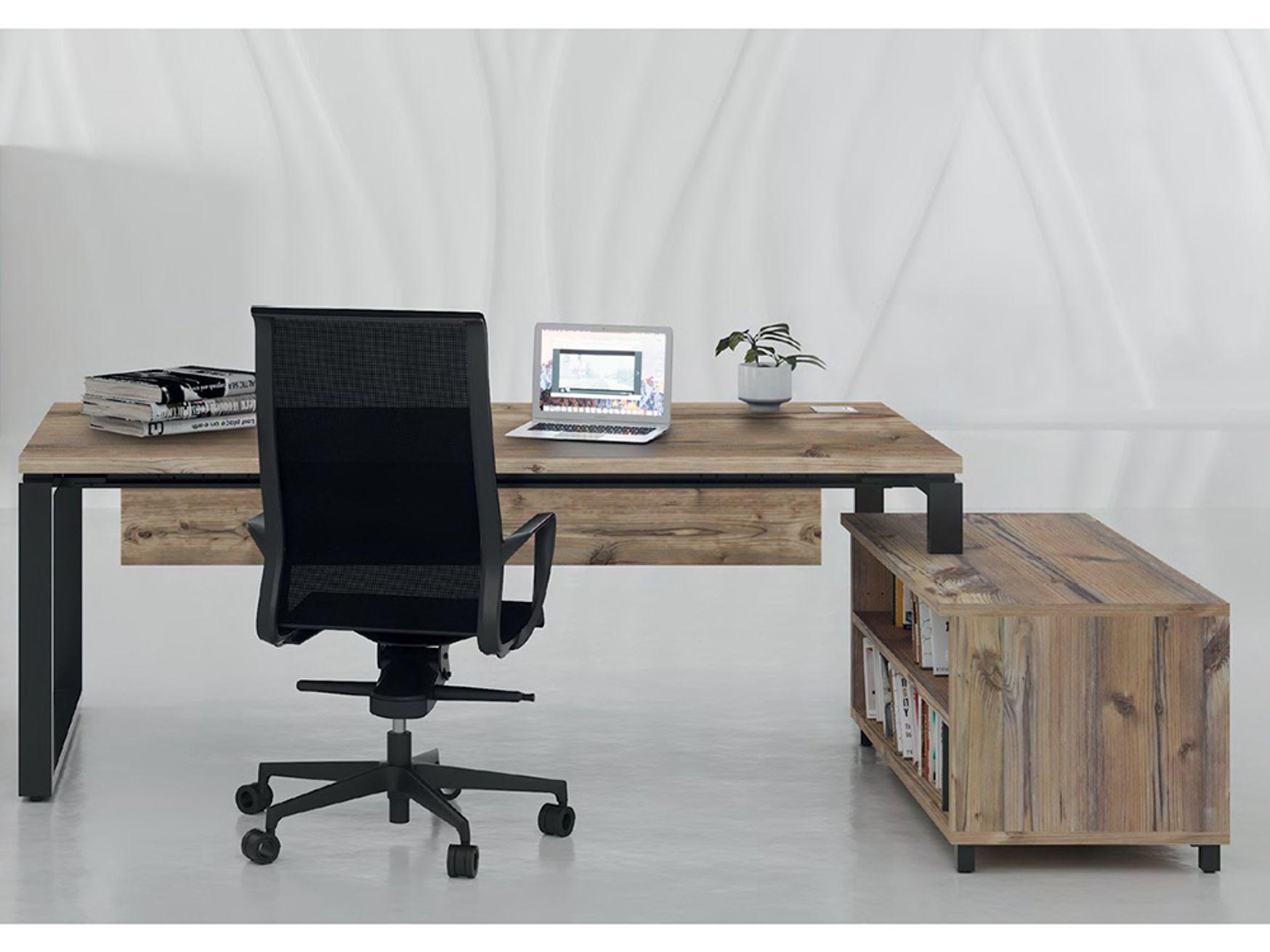 Beautiful executive desks with Black loop Legs
