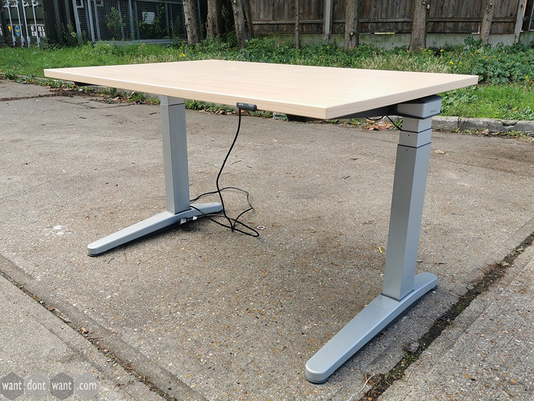 Used Electric Height Adjustable Sit Stand Desks