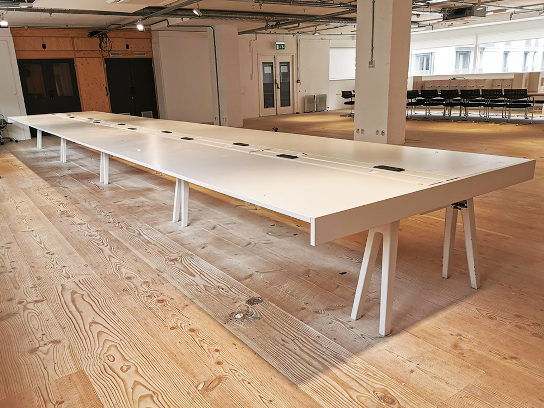 Used 9600mm Vitra Joyn Table/Desk