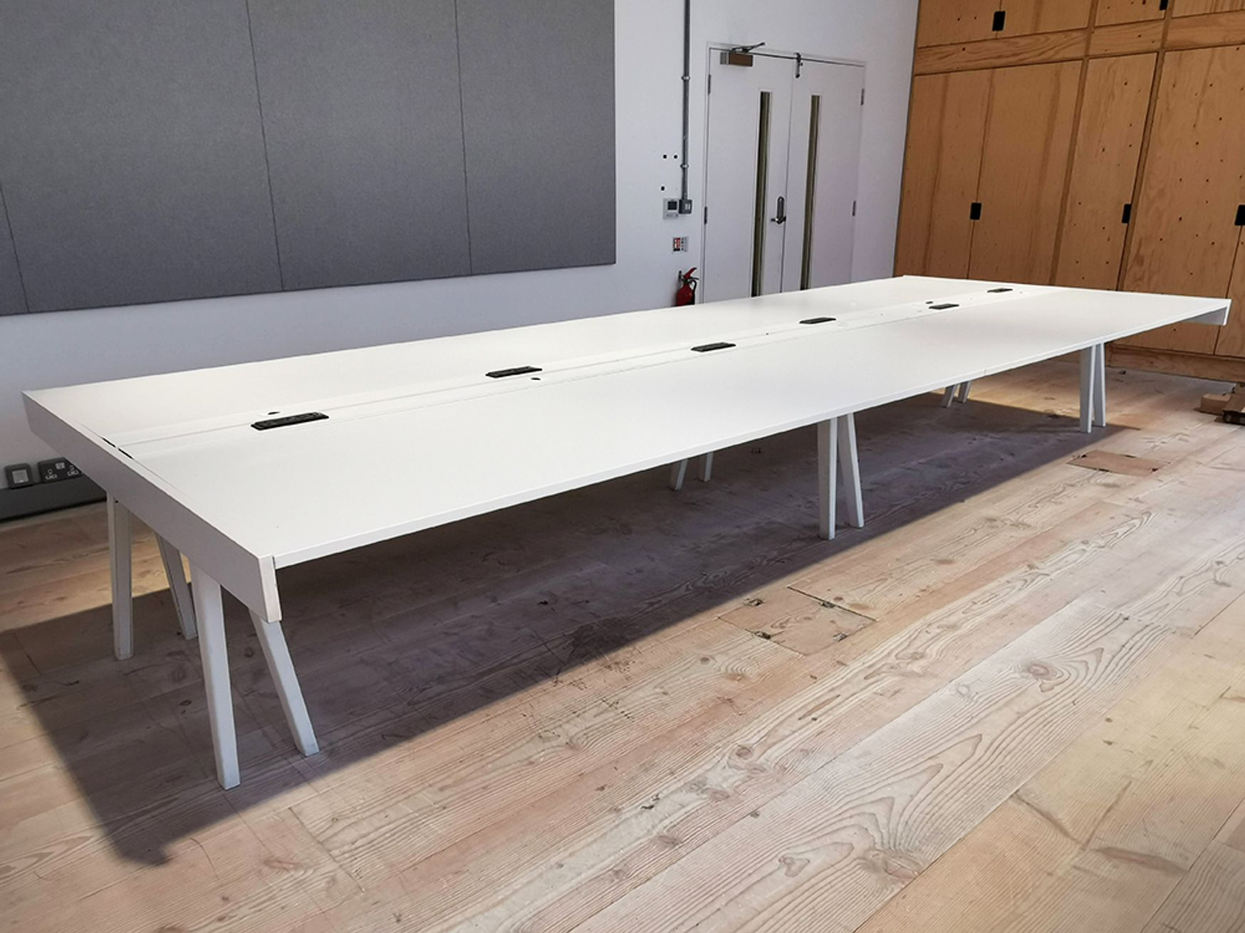 Used 4800mm Vitra Joyn Table/Desk