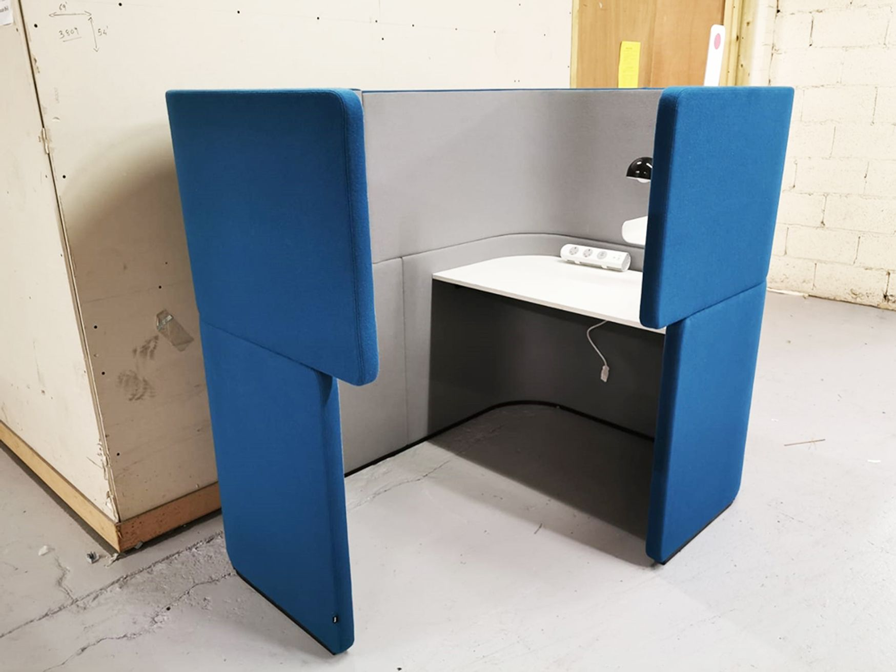 Used Bene Docklands 'Dock-in' Work Bay Booths