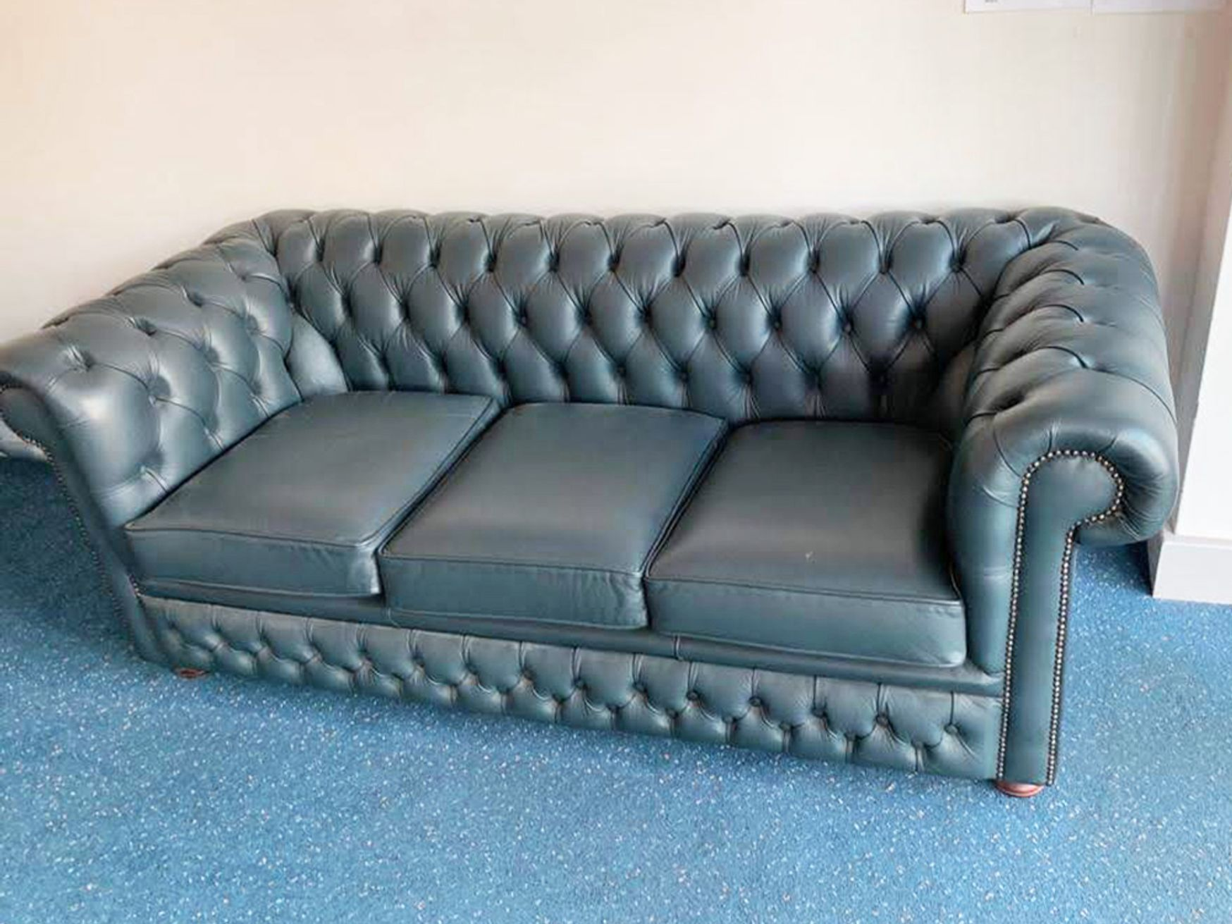 Used Chesterfield Style 3 Seater Sofa