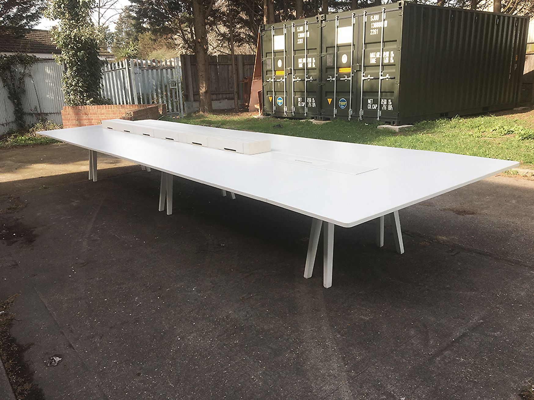 Used 6600mm Vitra Joyn Bench Desk/Collaborative Workstation