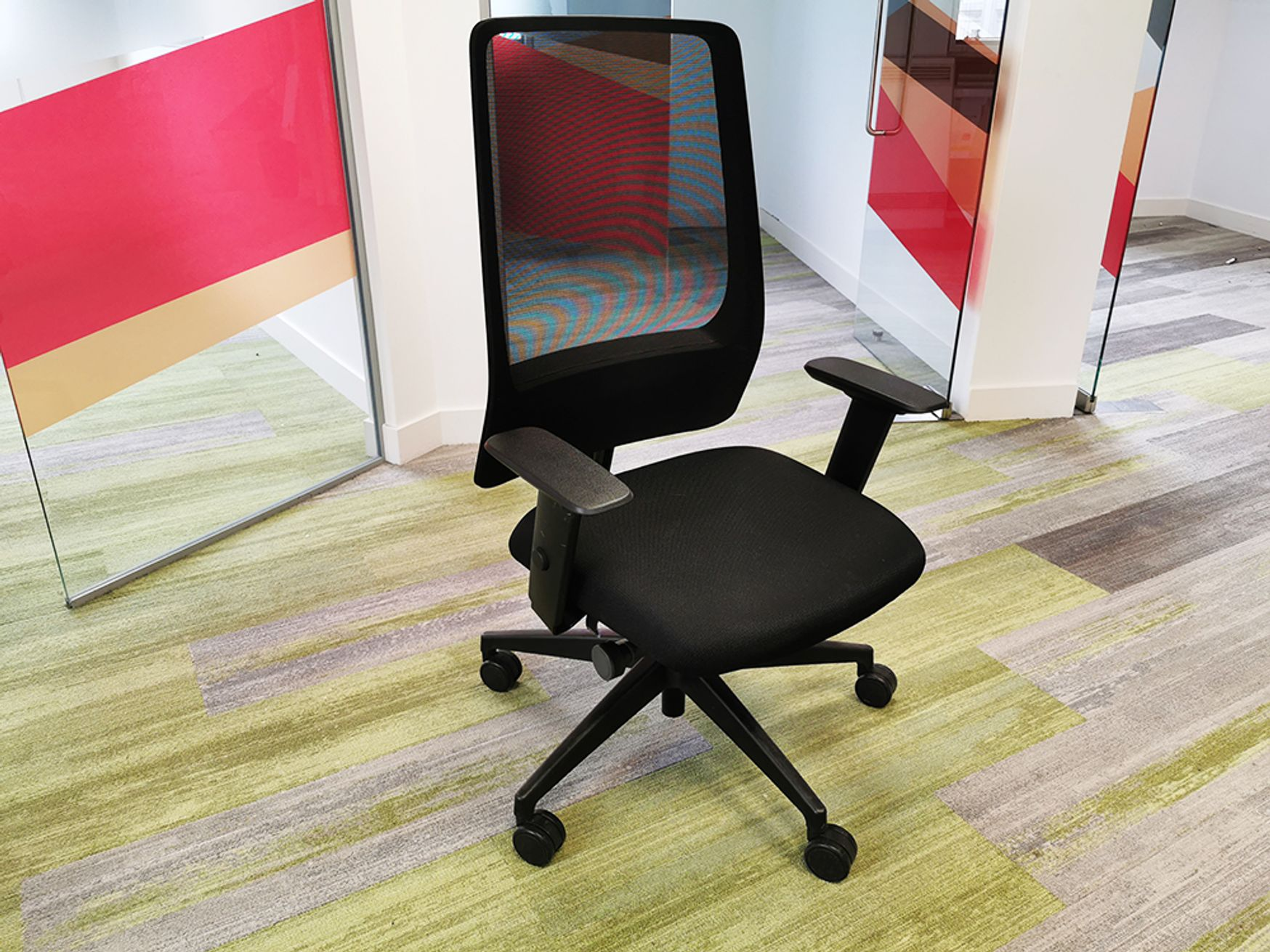 Used Interstuhl Every Task Chair