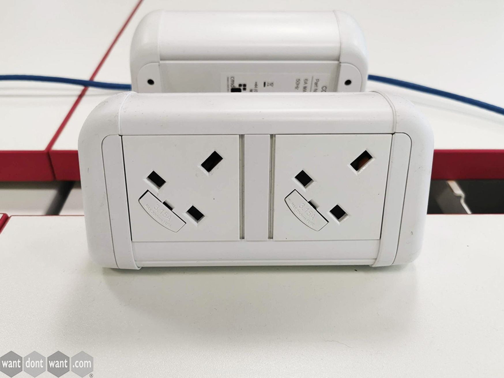 Used White Desktop Power Modules