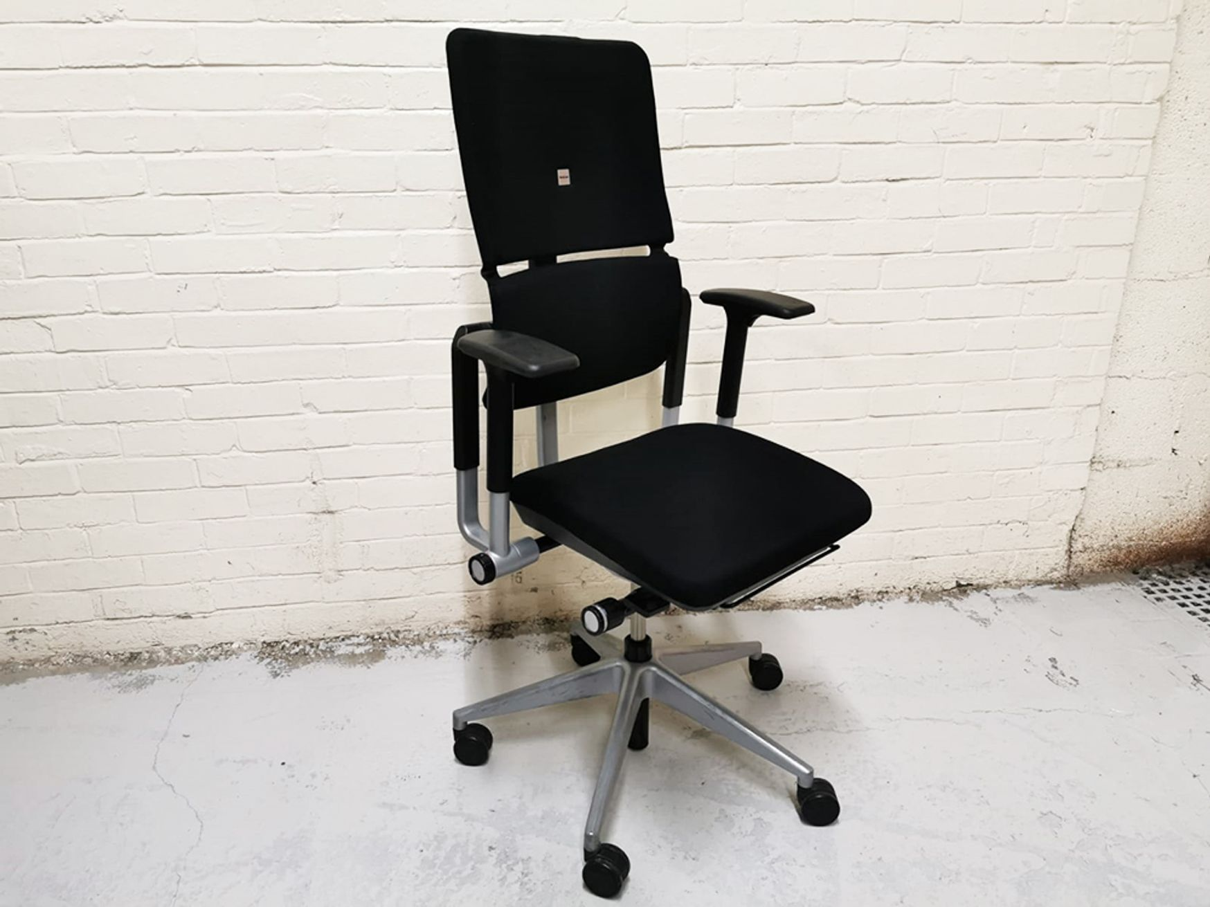 Used Steelcase Please V2 Operator Chair in Black Fabric with Aluminium Base