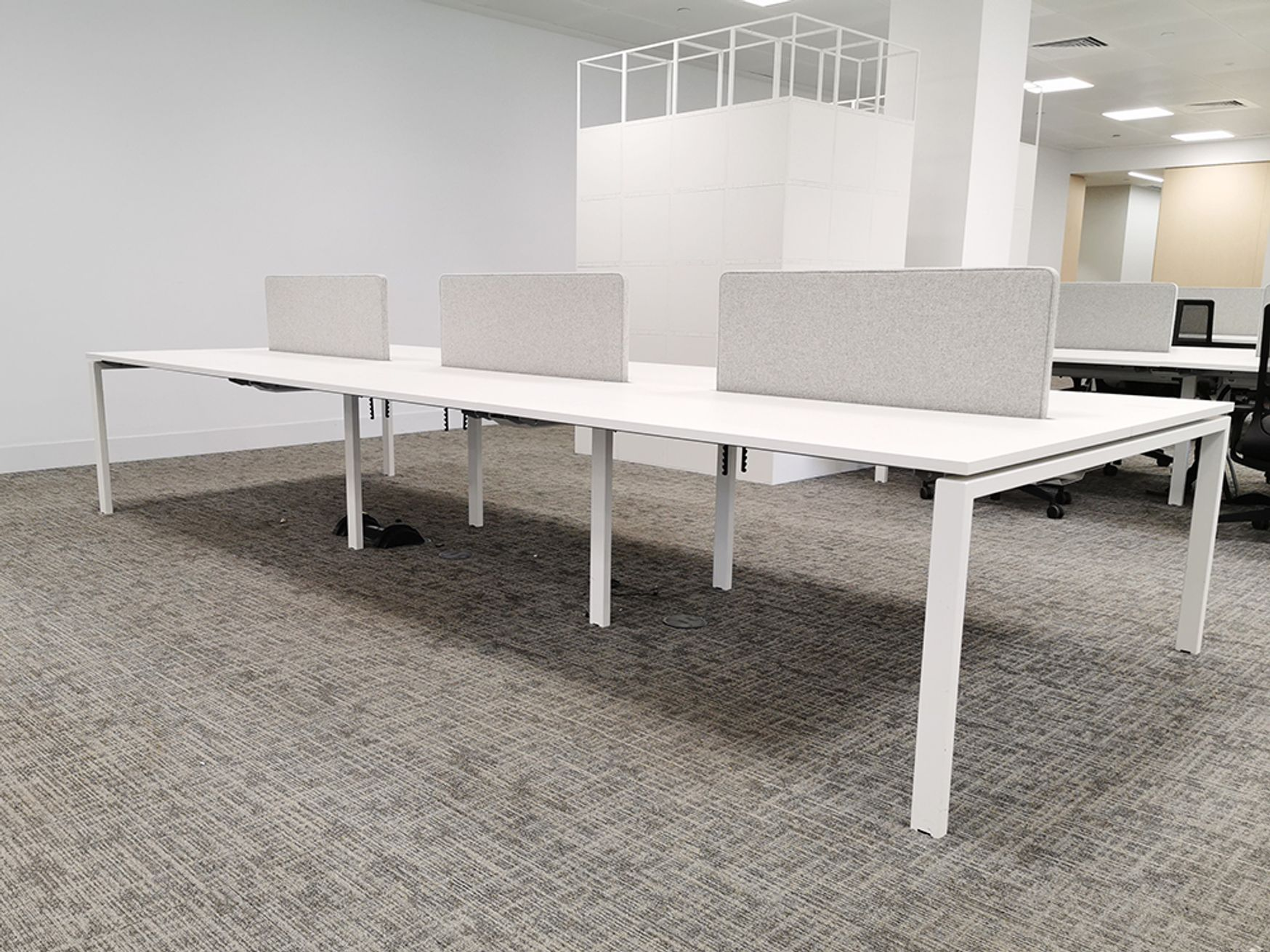 Used 1400mm Task Systems 'Team' White Bench Desks