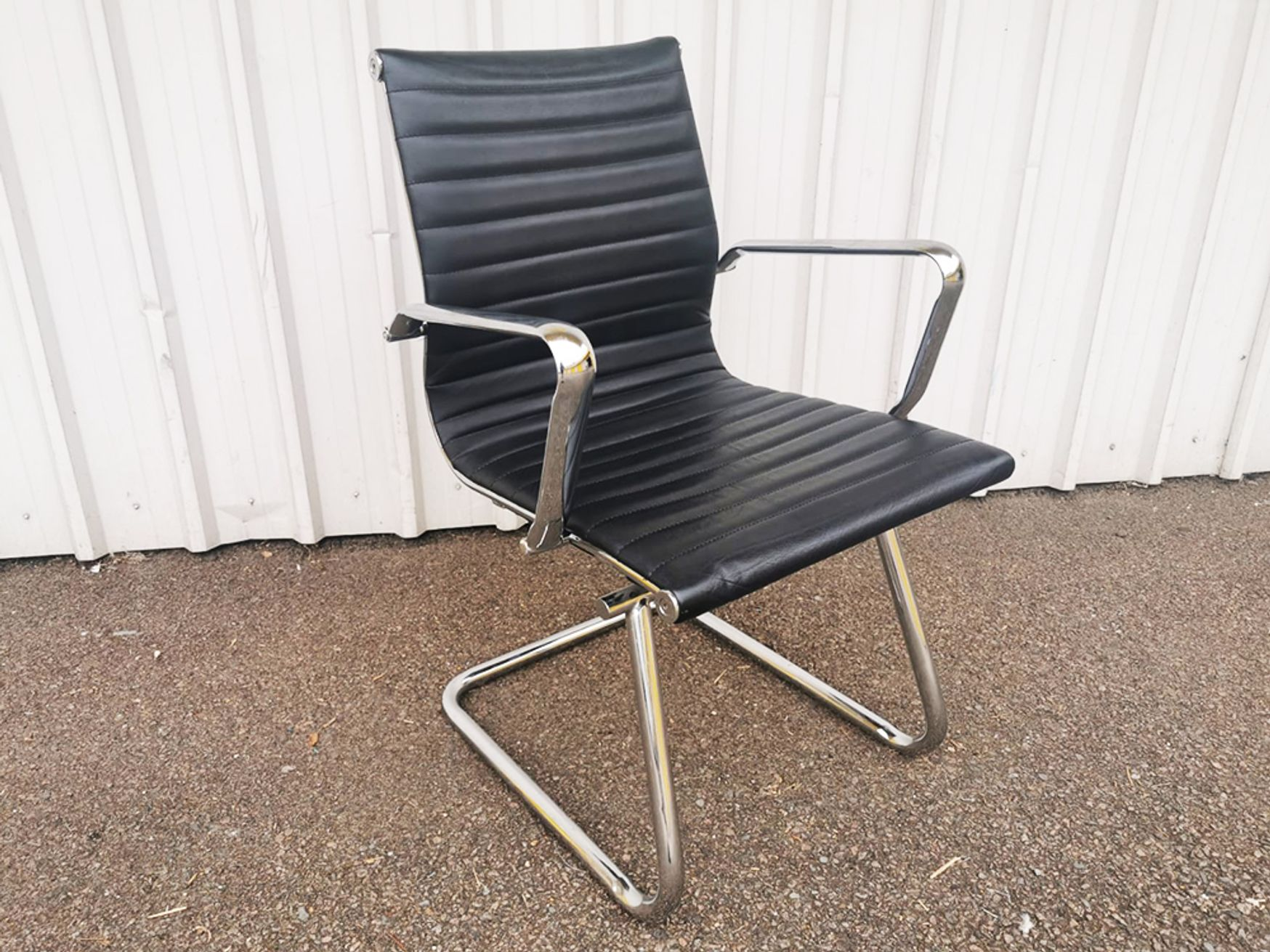 Used Aria AMCA Medium Back Classic Visitors Chairs in Ribbed Leather with Chrome Detail