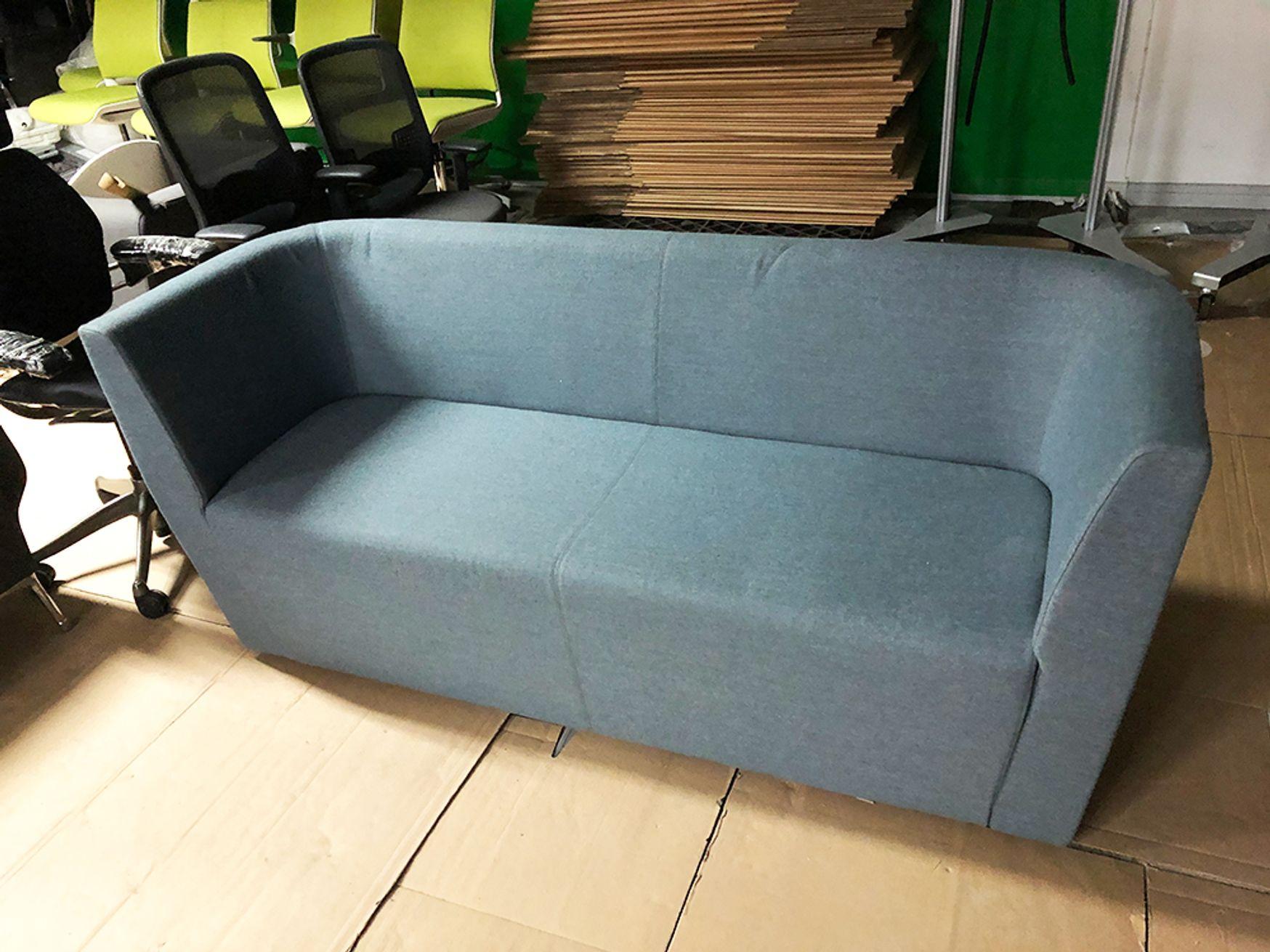 Used Orangebox AD-103 Sofa