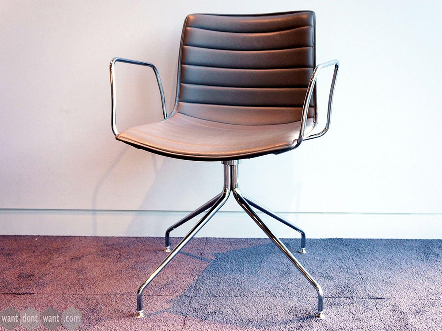 Used Arper Catifa 46 Trestle Swivel Chairs in Grey
