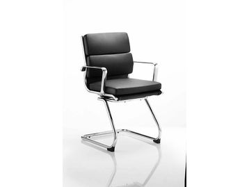 Classic design chair in soft bonded leather with aluminium armrests and base