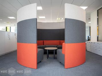 Brand New single entry meeting pod