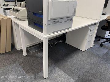 Used white rectangular desk 1600mm wide x 800mm deep.
