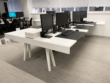 Used Vitra 'Joyn' desks configured as 2 x 6-person 3200mm benches.