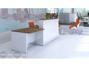 Smart new reception desk in a variety of finishes.