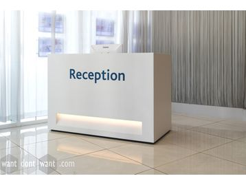 Rare opportunity to purchase this used 'Isomi' contemporary reception desk