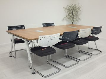 <b>Used Herman Miller</b> 'Abak' tables available in various finishes