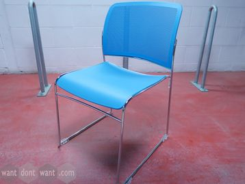 Boss Design 'Star' stacking chairs with bright blue seat and back