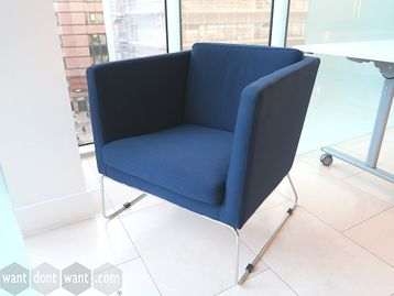 Used Sits Blue Fabric Reception Lounge Chair