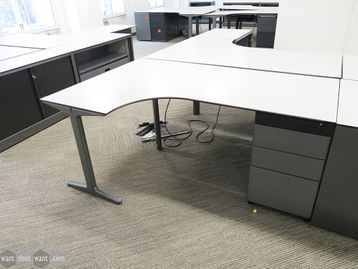 Used 1800mm Ahrend Corner Desks with Ciranol Tops and Structural Pedestal