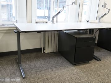 Used 1600mm Ahrend Office Desk with Mobile Pedestal Included