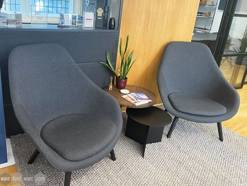 Used Hay Lounge Chairs AAL 92