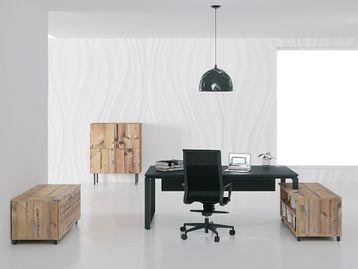 Beautiful executive desks with loop Legs