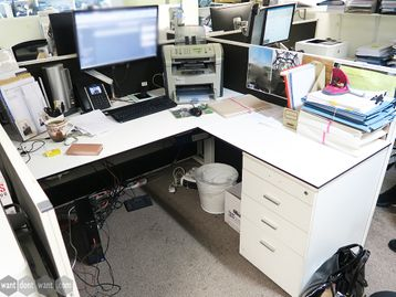 Used 1600mm Techo Horizont White Desks with Structural Pedestal Return