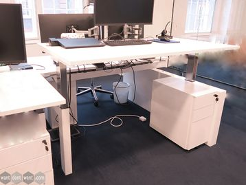 Used 1600mm Gas Sit Stand Height Adjustable 2 Person Desk