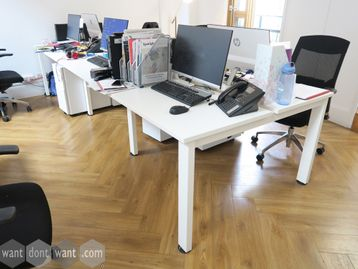 Used 1000mm White Bench Desks