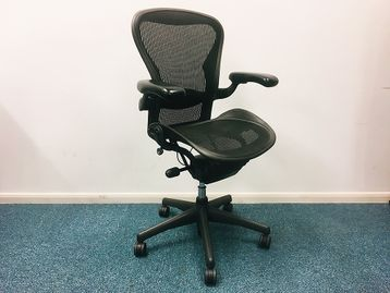 Used Herman Miller Aeron Chair in Graphite Inlcuding Lumbar Support