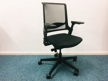Used Interstuhl 'Every' Operator Mesh Back Chairs