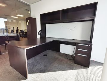Used 1830mm Executive Teknion Desk with Optional Overhead Storage
