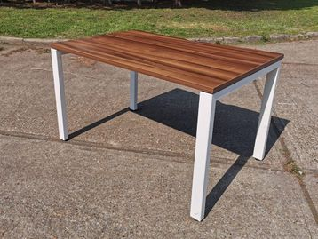 Used 1200mm x 800mm Free-standing Task 'Team' desks with walnut tops and white frame