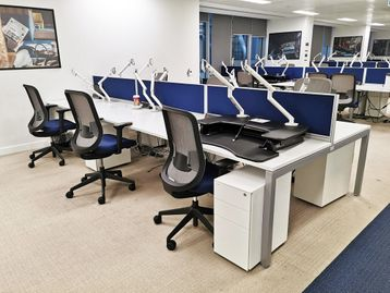 Used 1400mm Steelcase White Bench Desks
