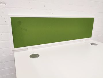 Used 1200mm Green Desktop Dividing Screens