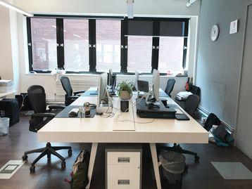 Used 4 Person Vitra Joyn Desk