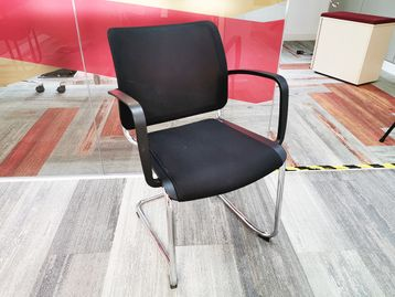Used Grammer Passu Mesh Back Cantilever Boardroom Meeting Chairs