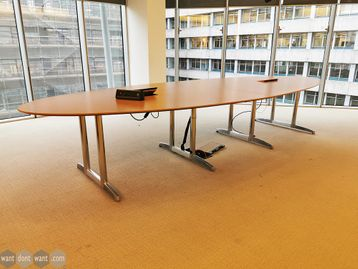 Used 4000mm Oval Table