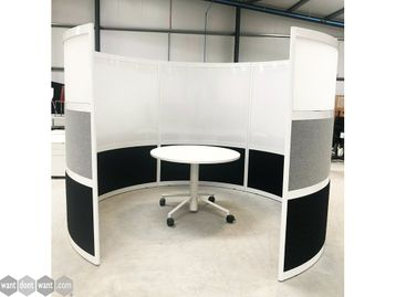 Ex Display Circular Meeting Booth