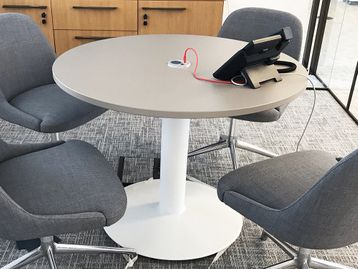 Used 1000mm Circular Table with Stone Grey Top including Power Module