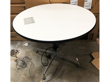 Used 900mm Vitra Charles Eames Segmented Circular Table